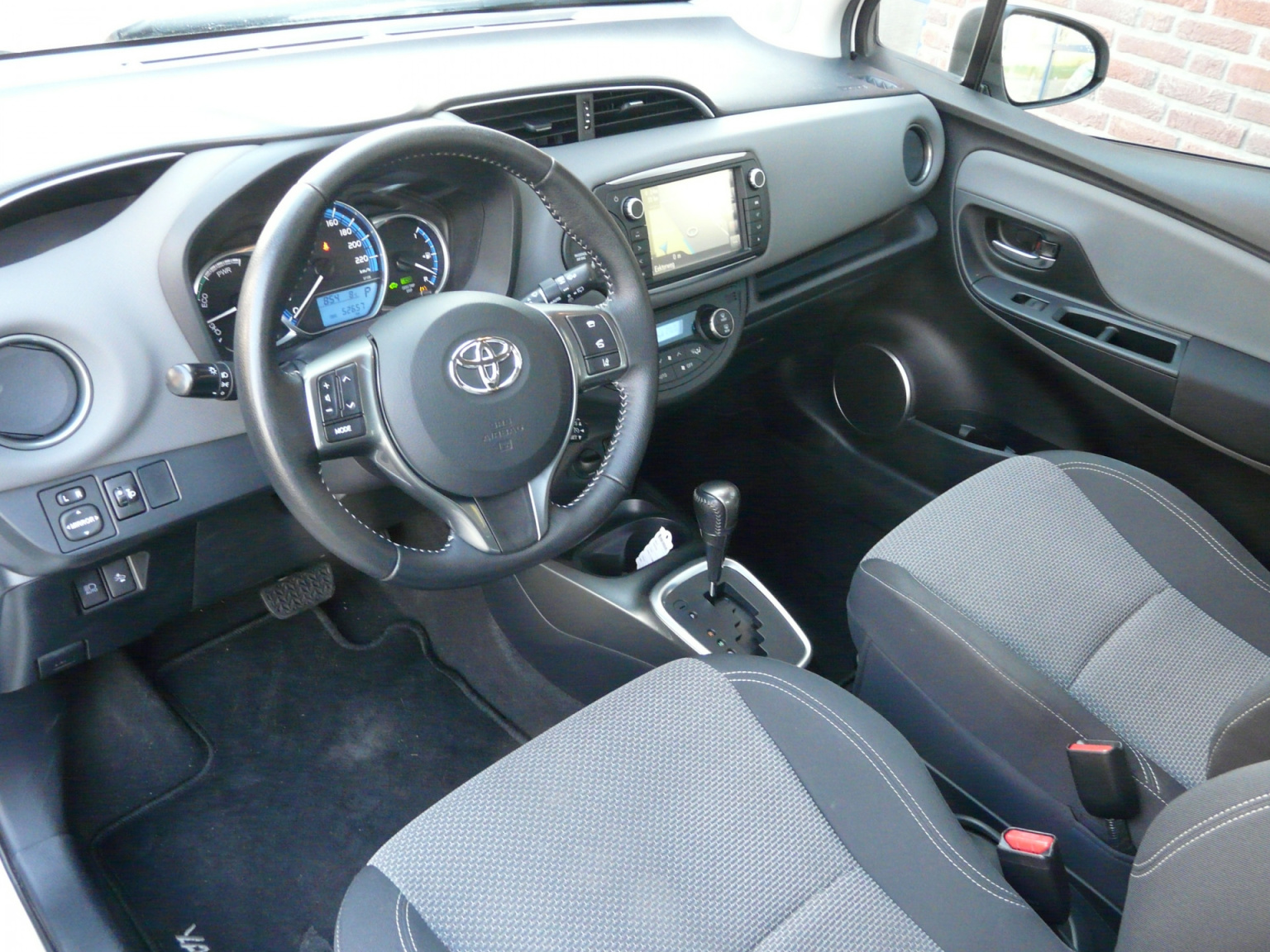 Toyota-Yaris-20