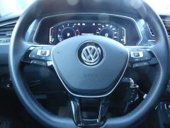 Volkswagen-Tiguan-30