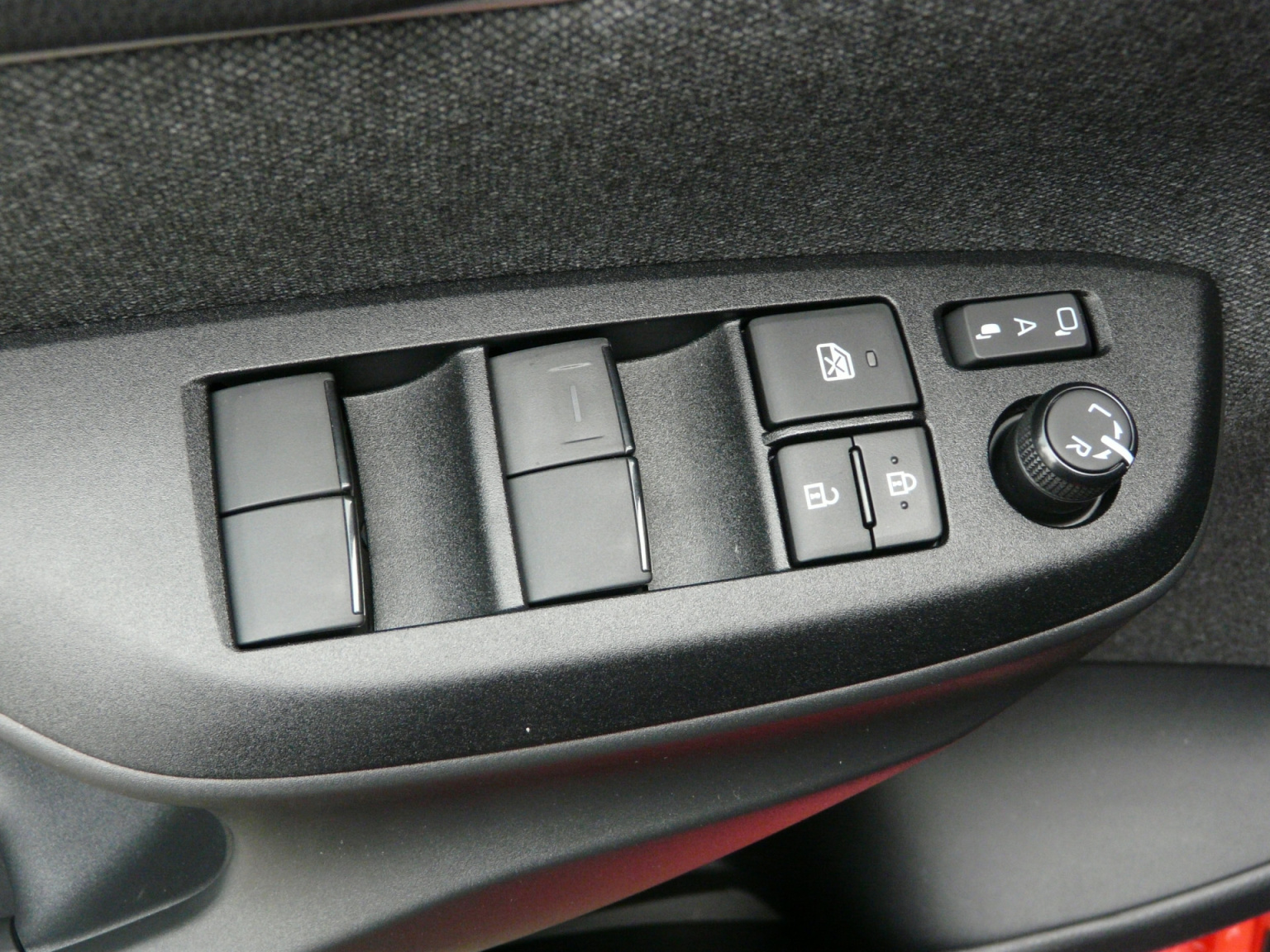 Toyota-Yaris-17