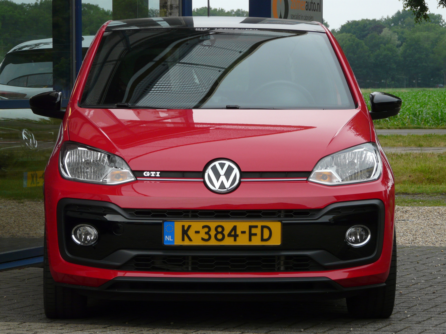 Volkswagen-up!-5