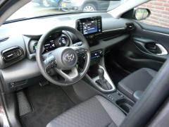 Toyota-Yaris-2
