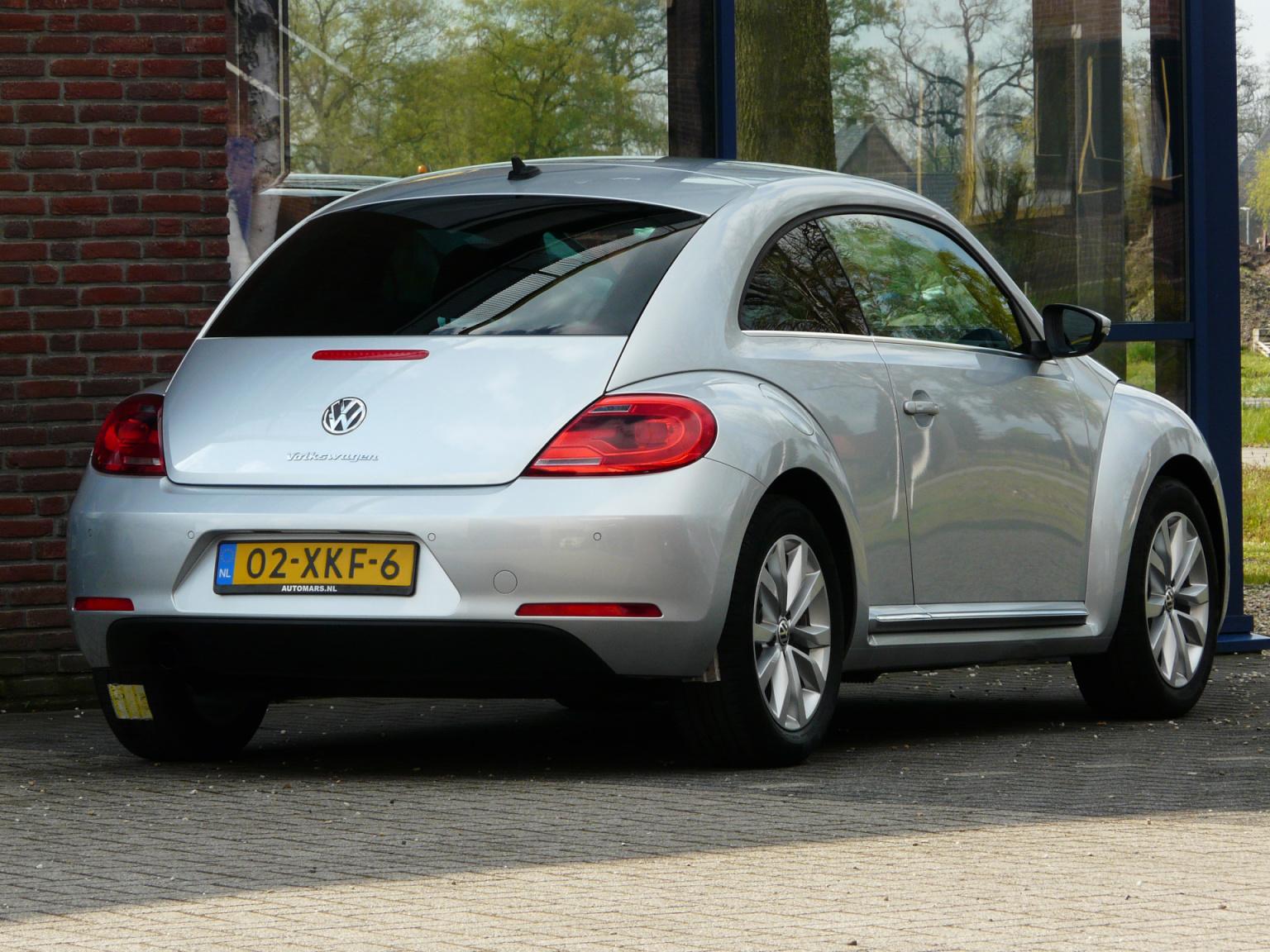 Volkswagen-Beetle-5
