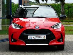Toyota-Yaris-13
