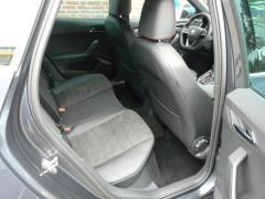 SEAT-Arona-17